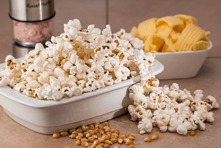 popcorn-and-chips