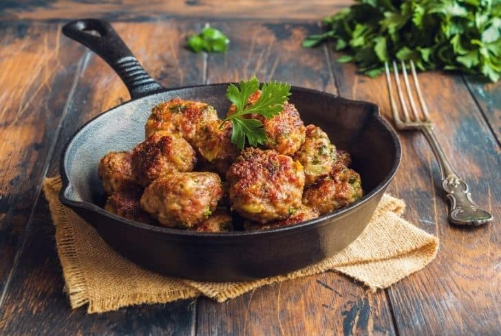 roasted-meatballs-in-cast-iron-pan